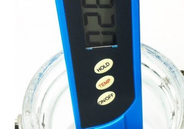 How to Use a TDS Meter